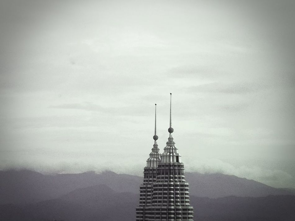 🌹 my view 🌹 Architecture Skyscraper Built Structure Travel Destinations Urban Skyline City Kuala Lumpur Twin Towers Malaysia Petronas Twin Towers KLCC Tower Modern Architecture Exceptional Photography My Point Of View Break The Mold EyeEmNewHere
