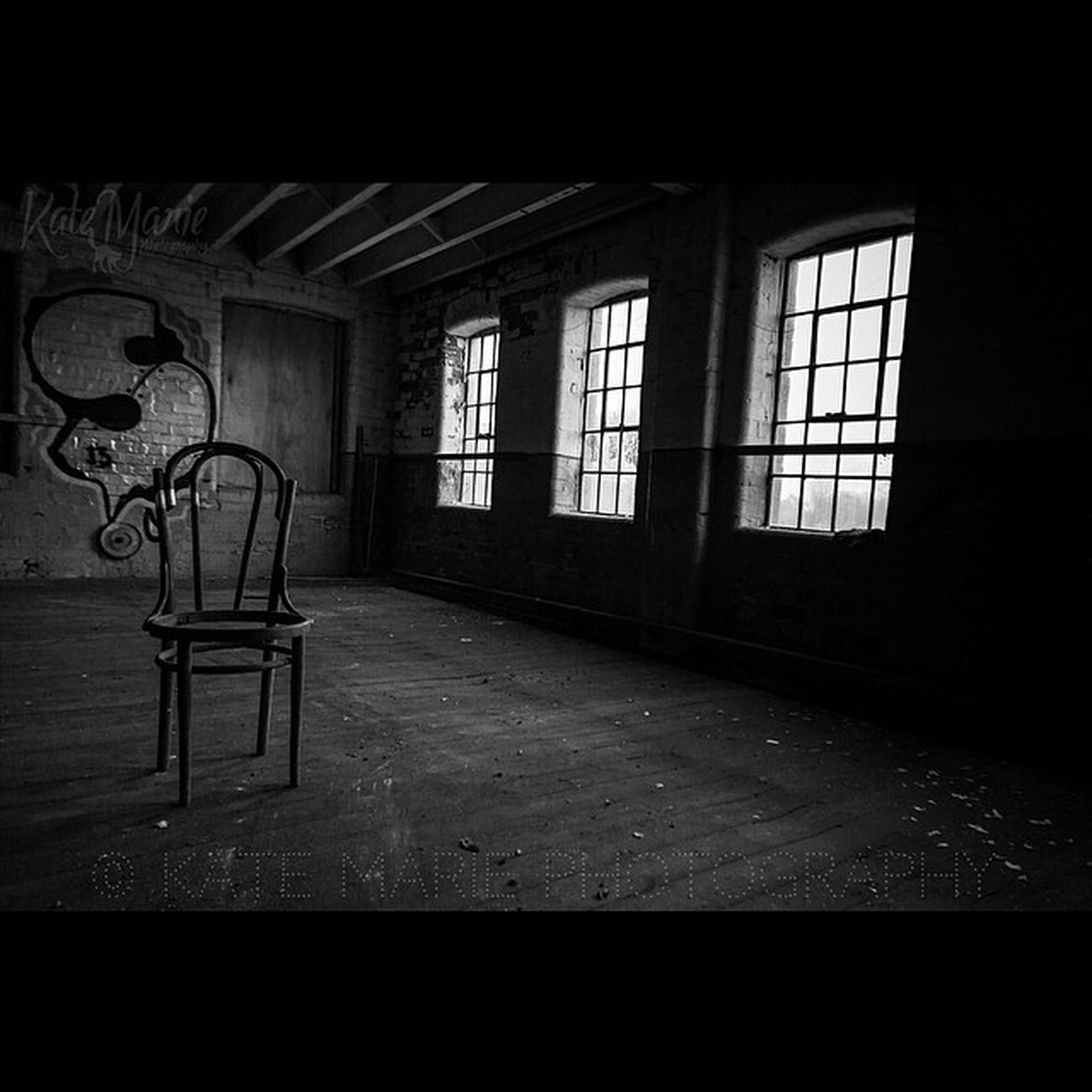 © Kate Marie Photography UK Katemariephotographyuk K8marieuk Urbex Decay Hermitagemill Mansfield Old Chair Canoneos700d Monochrome Detail Blacknwhite Tamron10 -24 Photo365 Photogeeks Photooftheday