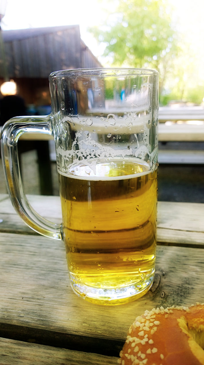 drink, food and drink, refreshment, table, drinking glass, beer glass, beer - alcohol, close-up, alcohol, no people, freshness, beer, frothy drink, outdoors, day