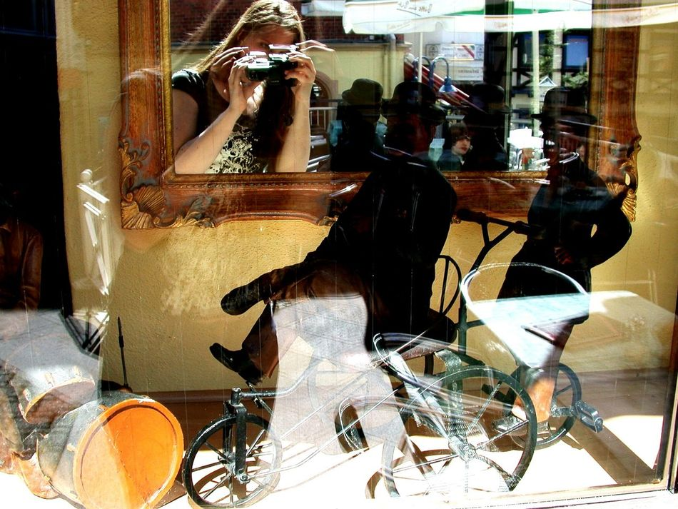 Mirrorselfie Mirror Mirror Reflection Mirror Effect Mirror Picture Women Around The World Light And Shadow Mirrored Reflection