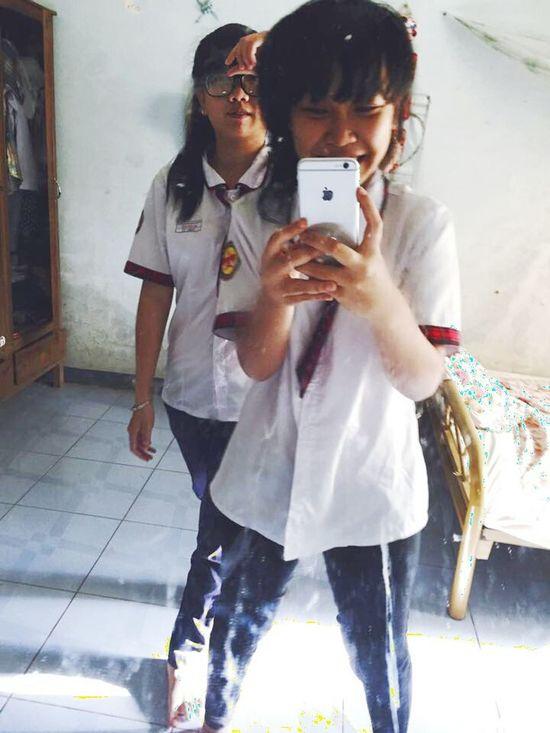 Mirrorselfie Me And My Bestfriend Dirty Mirror