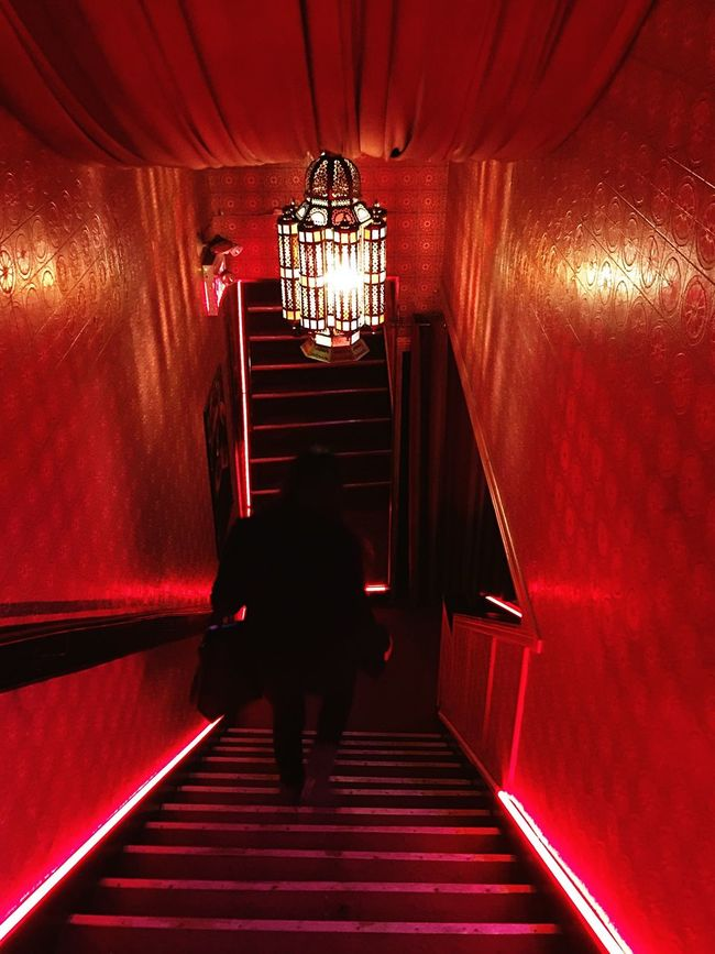 👹 Red Stairs IPhoneography Night Lights Marocain Restaurant Eye4photography  Capture The Moment Redlight Nightphotography Fashionblogger Photography Vintage