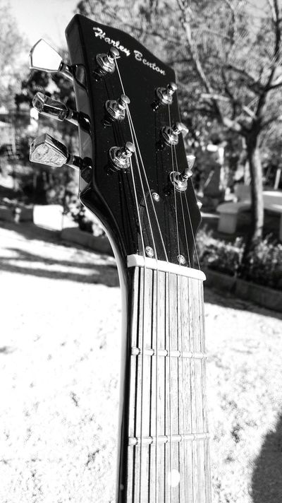 Love Life Srtreetphotography Good Feeling Music Music Is My Life Musical Instruments Rock'n'Roll Guitar Guitarist