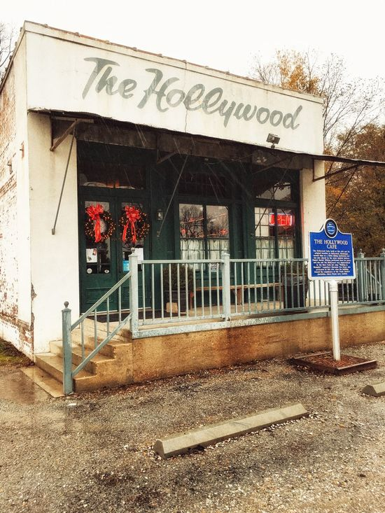 The Hollywood Cafe. Mini Shoot Project. Cafe Robinsonvillems Bluesmusic Historical Building Eatery Hollywoodcafems