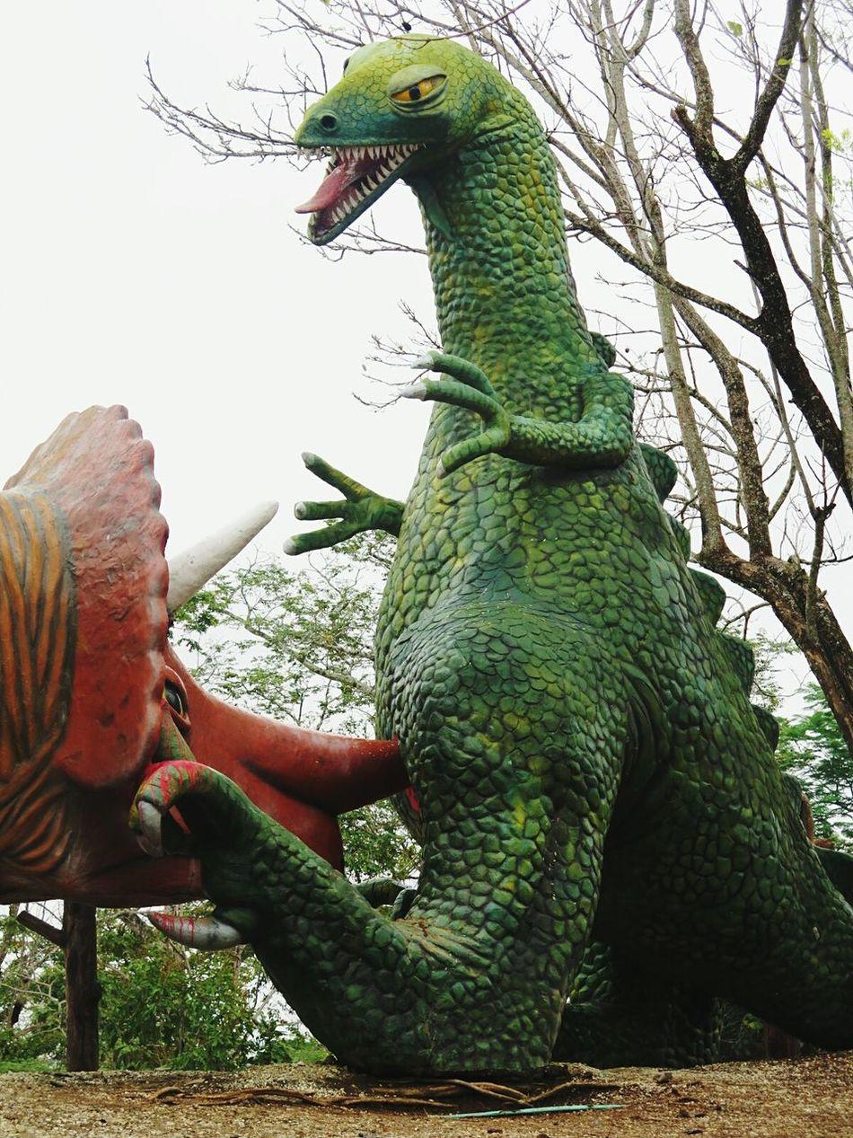 Traveling EyeEm Best Shots Eye4photography  Travel Photography Live And Let Die Dinosaur Dinosaurs Statue Kill Killer Escobar Pablo Escobar Playground
