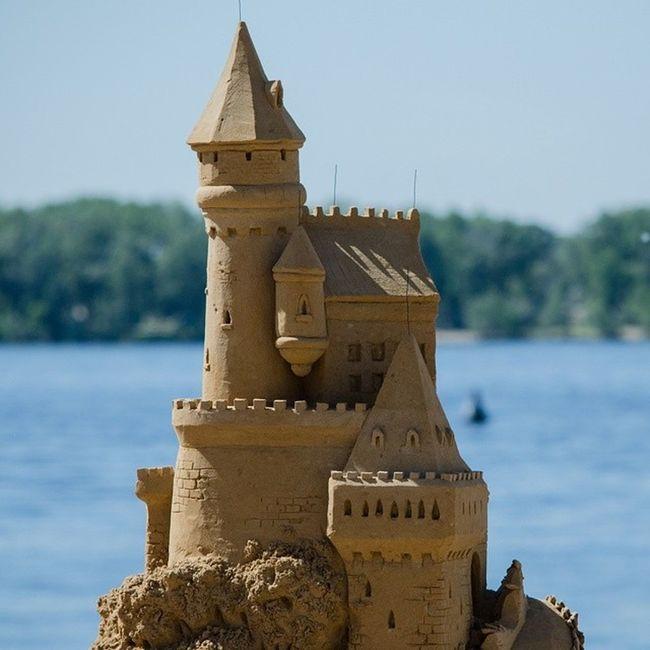 чудесасвета песчаныефигурывсамаре набережная сегодня будет день песчаных фигур. =)