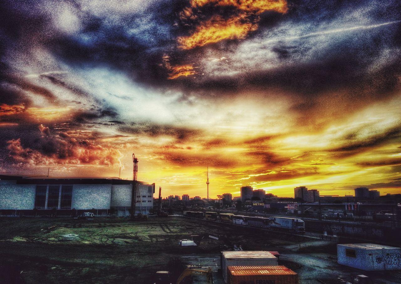 Berliner Ansichten Berlin Warschauerbrücke Skyline Sunset Sky City Capture Berlin