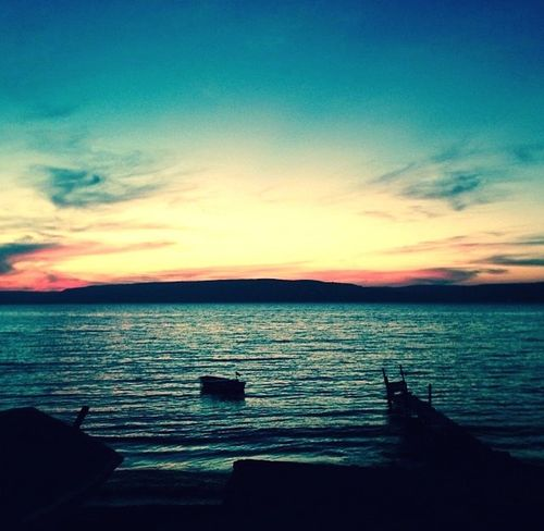 Relaxing Enjoying Life Seaside Sunset Sea And Sky Sea