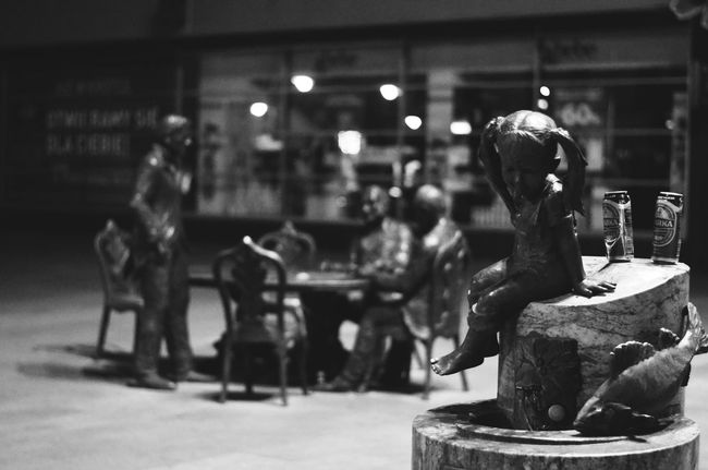 Collection Display Focus On Foreground Group Of People Instilation Lodz🏭 Men Person Retail  Selective Focus Side View Souvenir Statue Street Łódź Łódź, Poland