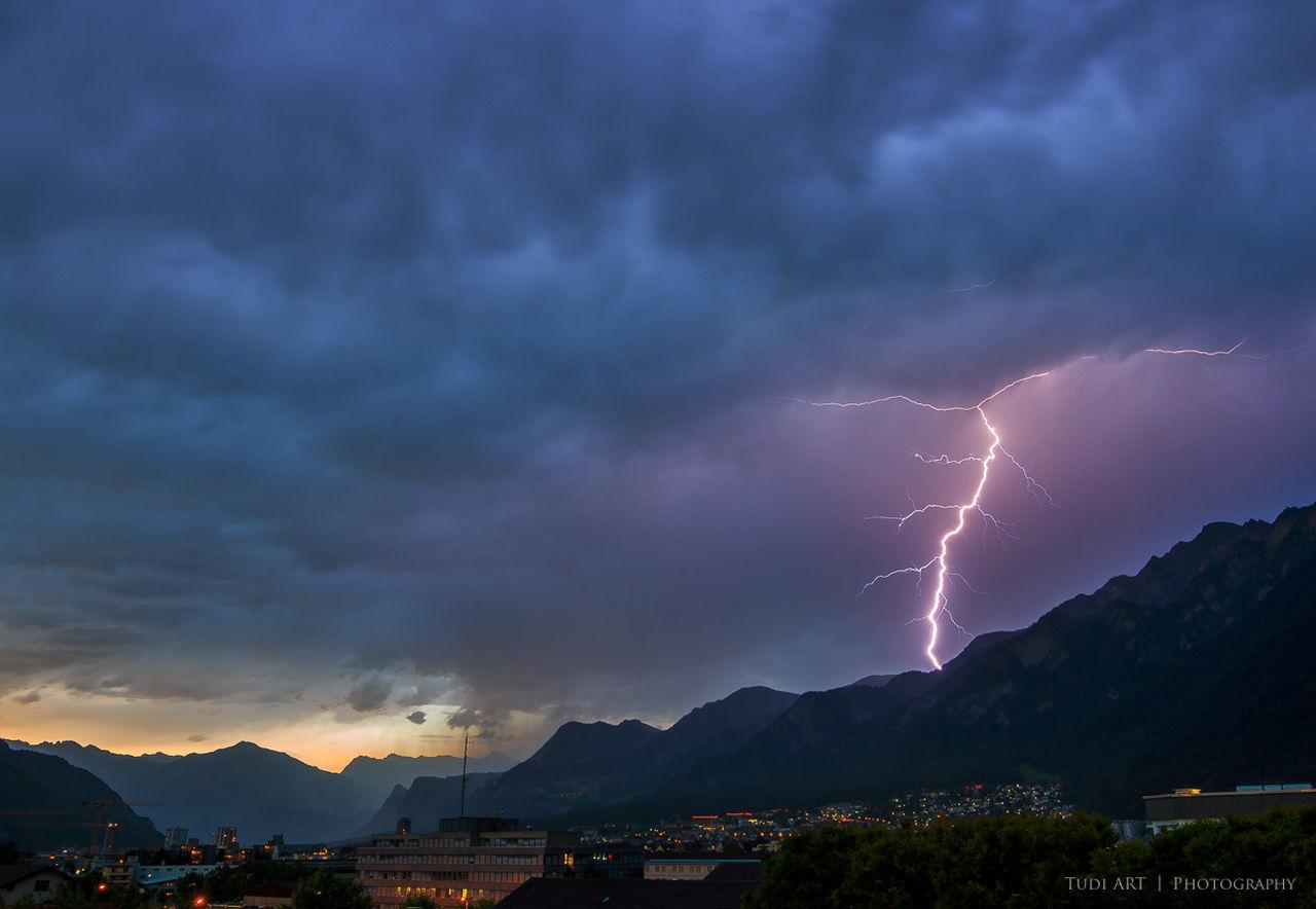 lightning and thunder Graubünden 2015  Berge Blitz Chur Clouds Colors Donner Gewitter Grischun Himmel Langzeitbelichtung Lightning Longexposure Mountains Schweiz Sky Stadt Switzerland Thunder Thunderstorm Town Wolken