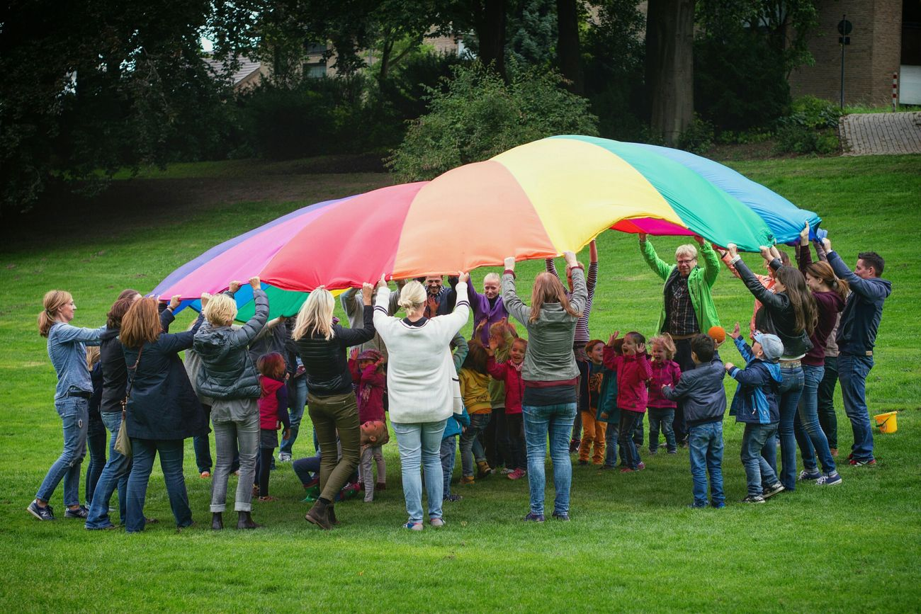 All under one rainbow - MAinLoveWithFreedom and Little Girl Watching People Having Fun Enjoying Life under the Rainbow Colors What I Value Protecting Where We Play RePicture Love - 04.09.2015
