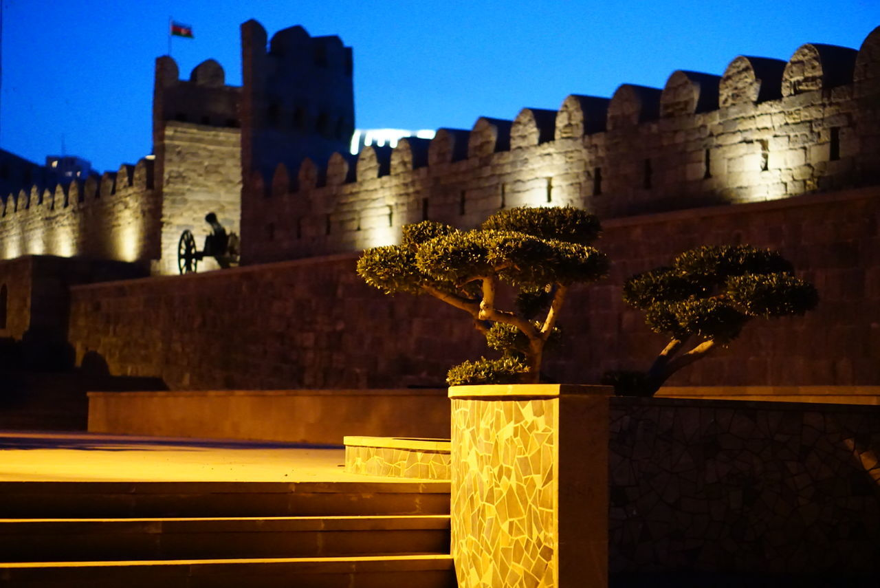 Night Architecture Castle Building Exterior Built Structure History Illuminated Outdoors No People City Cityscape Sky King - Royal Person Night view to an old town in Baku The Street Photographer - 2017 EyeEm Awards No Filter, No Edit, Just Photography The Week On Eyem