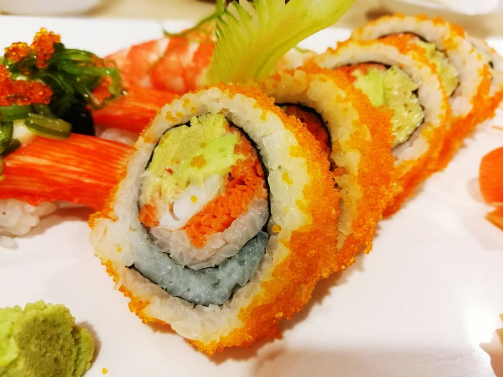 California Maki Healthy Eating Close-up Freshness Ready-to-eat No People Gourmet Japanese Food Makimaki Japanese  Sushi Bangkok Thailand.