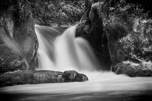 waterfall in Bellingham by SHINEPHOTO
