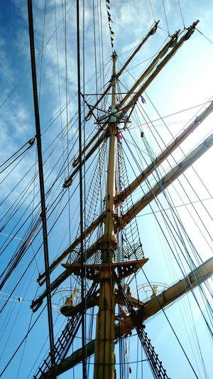 Details Fresh Air Enjoying The Sun Ship Ship Masts