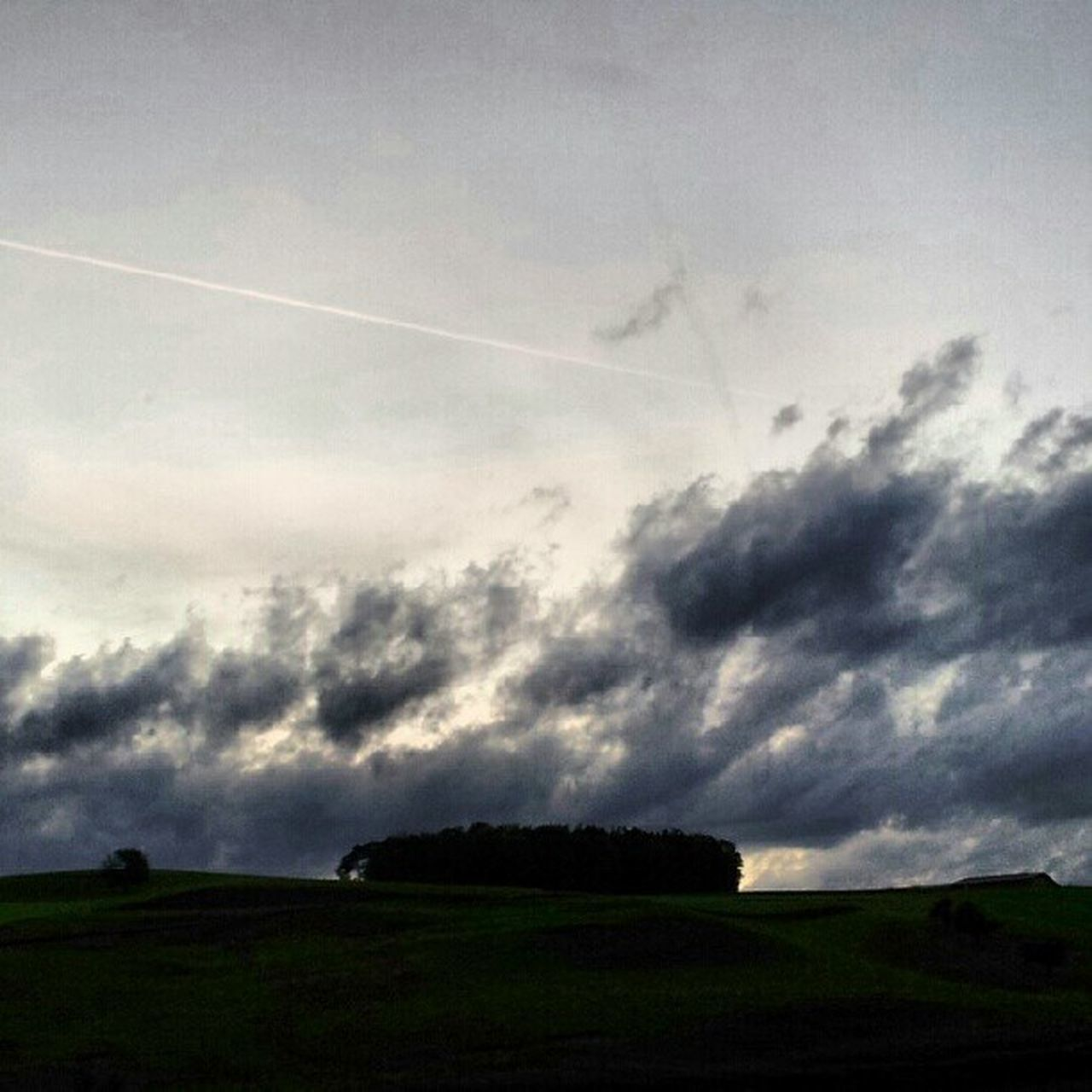 sky, nature, beauty in nature, no people, landscape, cloud - sky, scenics, day, outdoors, vapor trail, contrail, grass, tree