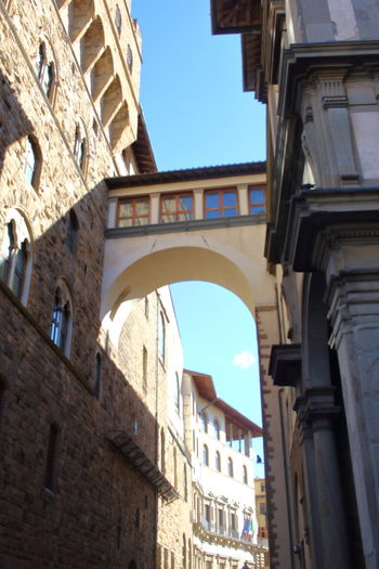 EyeEm City Lover Florenz/Firenze Arch Architecture Building Exterior Built Structure Day Florence History Low Angle View No People Outdoors Sky Window