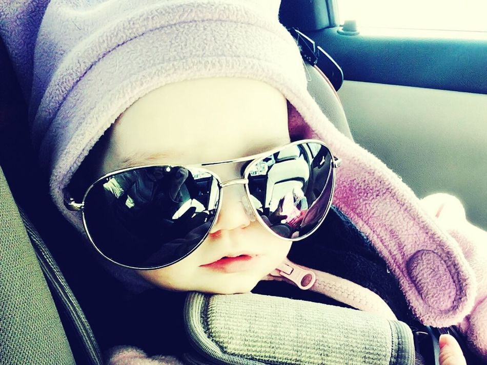 whats up guys :) Coolbabys Baby Sunglasses