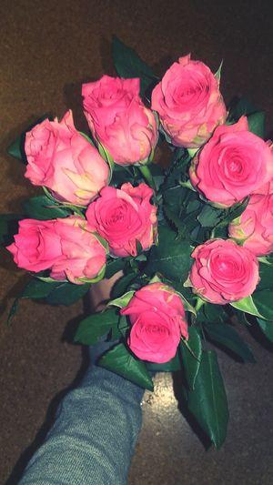 Hi! Enjoying Life That's Me Relaxing Hello World Rosas🌹🌹 Rosa Rosas rosa First Eyeem Photo