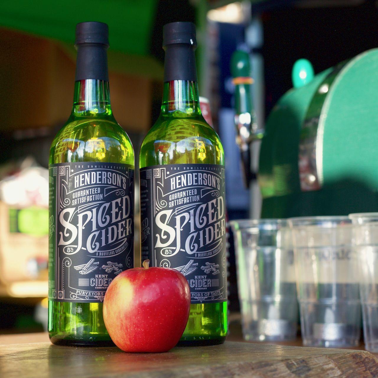 Spiced Cider Apple Bottle Celebrate Cider Cup DSLR Hendersons Kent Spiced Cider Warm Drink Winter Winter Warmer