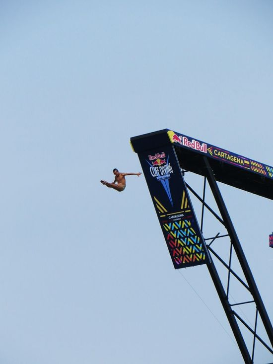 Redbullcliffdiving  Cartagena, Colombia Extreme Sports Cliffdiving Perfect Timing Capturing Freedom Capturing Movement Share Your Adventure Going The Distance Youth Of Today Blue Wave Alternative Fitness Waiting Game