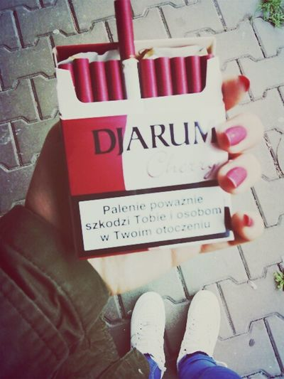 Smoke Djarum Chery Pink Cigarettes