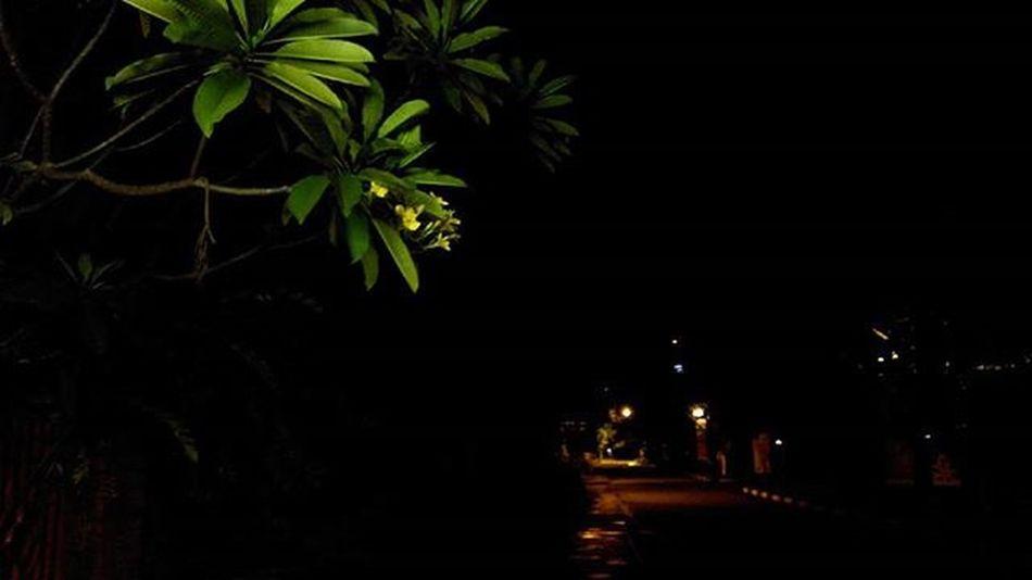 Night View Streetview Kamitetapbuka Kalogatutup Udahgituaja 😁 Yasminrayasektor3nomer6 Bogor Nongkrongasik Explorebogor Lenovotography Photooftheday Lzybstrd