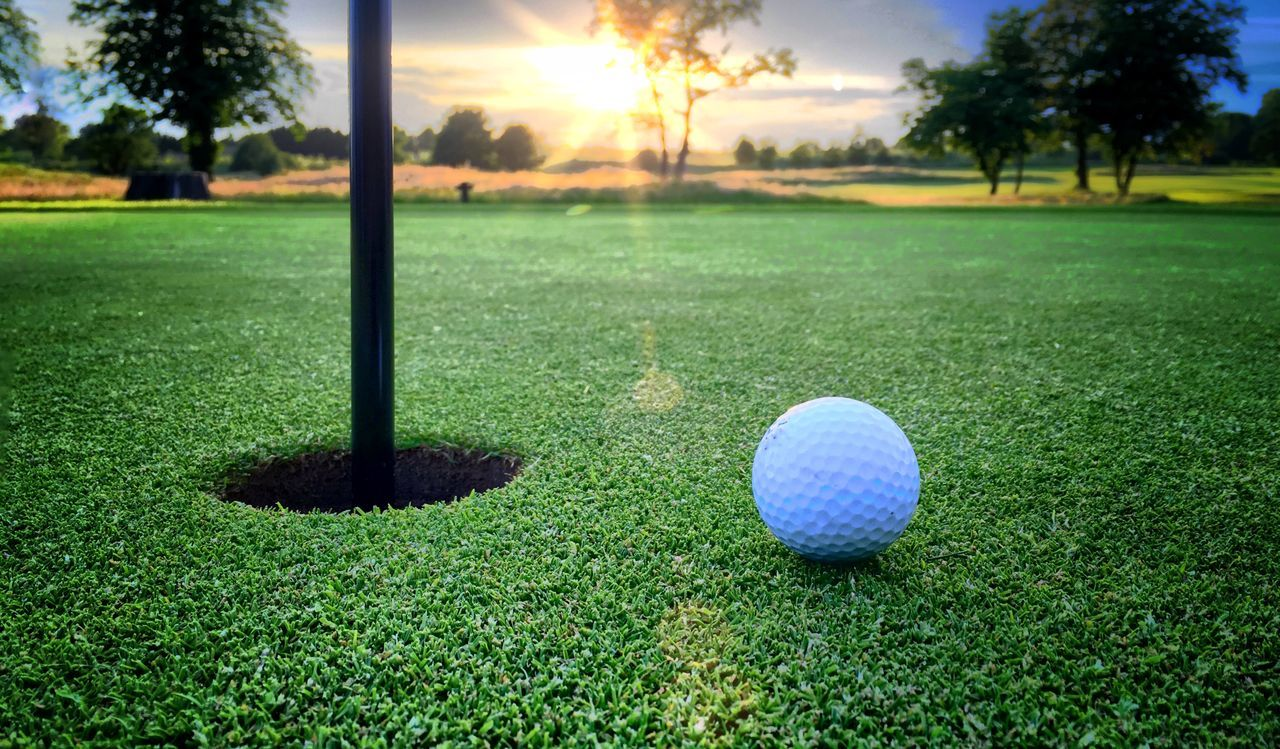 Beautiful stock photos of sonnenuntergang, At The Edge Of, Ball, Broxbourne, Golf