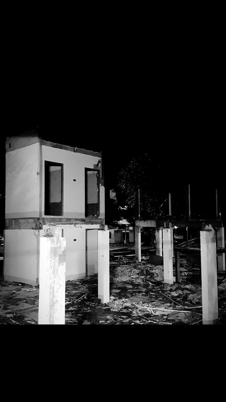 architecture, built structure, building exterior, no people, outdoors, night, sky