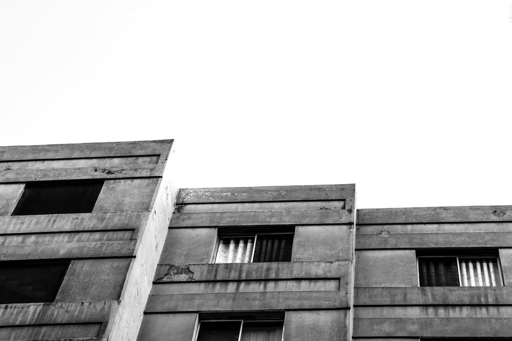 Tehranpic Check This Out Bestoftheday Hello World Taken By Me BestEyeemShots Canon 70d Lovely Tehran, Iran Taking Photos Blackandwhite Monochrome Monochromatic Enjoying Life Canoniran PoucoFotografia© PouriaNaseri© Building Exterior Buildings BuildingPorn