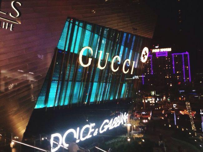GUCCI Las Vegas City That Never Sleeps