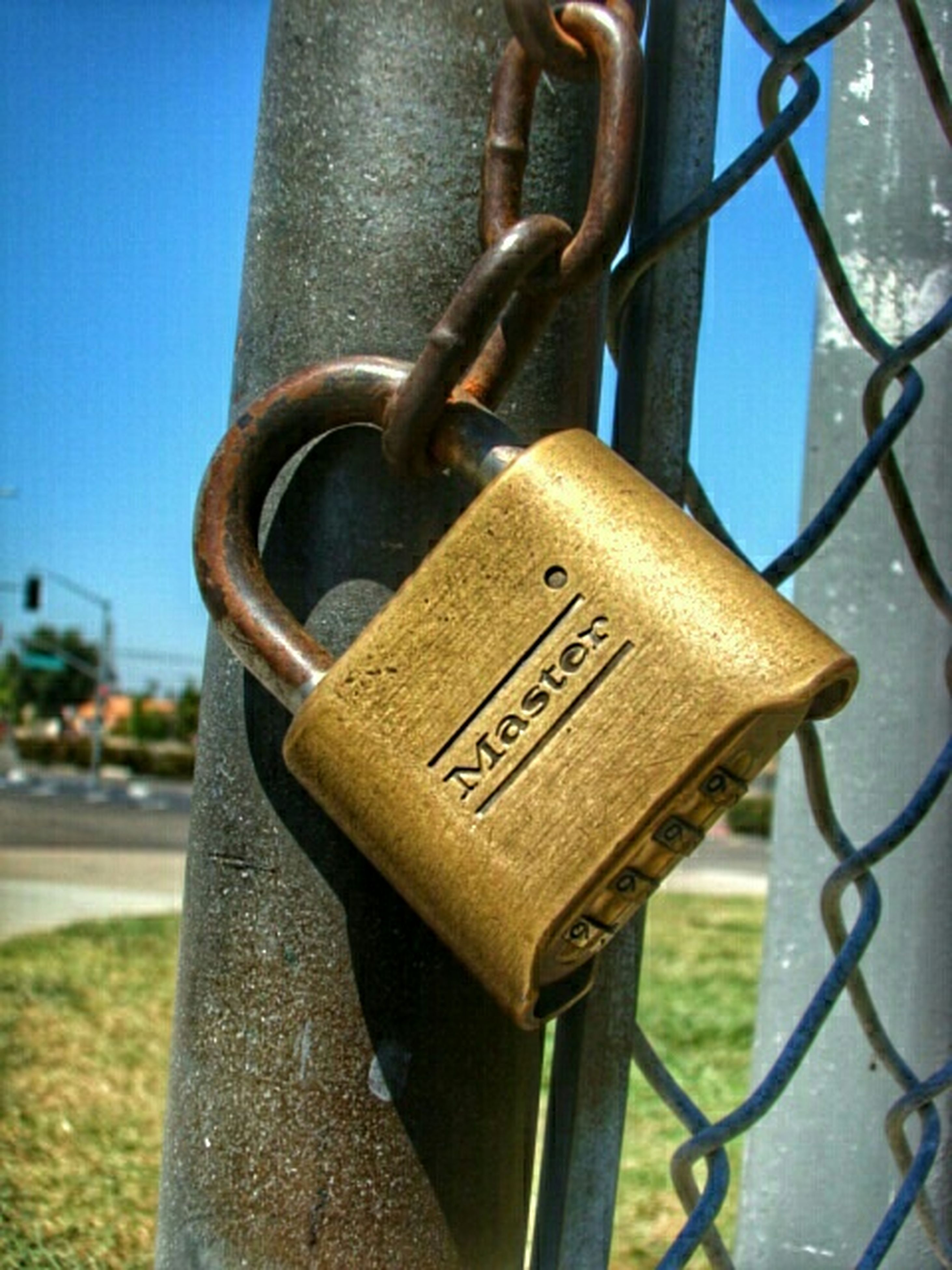 metal, focus on foreground, close-up, metallic, rusty, padlock, safety, security, chain, protection, lock, text, communication, attached, old, fence, day, connection, western script, hanging