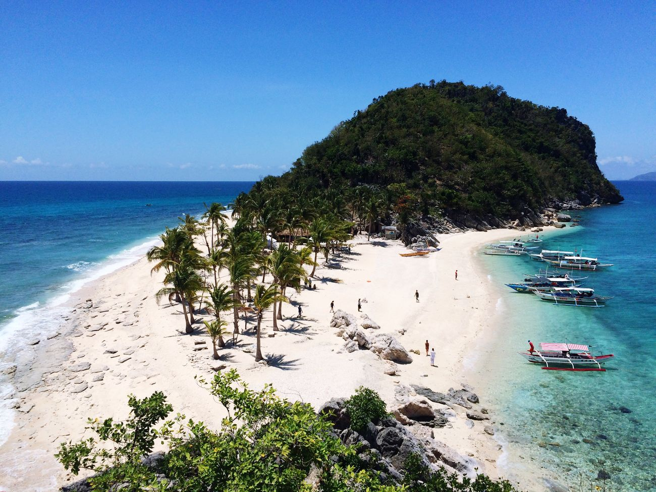 Island Life over the weekend. Welcome to summer in the Philippines ☀️🌴 Travel TravelPhilippines Gigantes Beach