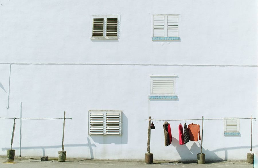 壁萌 窓萌 White Wall Windows Laundry Sunny Simple Minimalism Minimallandscape Nostalgic Landscape Nostalgia Learn & Shoot: Simplicity Studies Of Whiteness Street Photography Streetphotography Light And Shadow Colors And Patterns Colour Of Life My Favorite Photo Color Palette Landscapes 蔦裊裊 TakeoverContrast2016.02.10 at 南方澳漁港 in Yilan,Taiwan