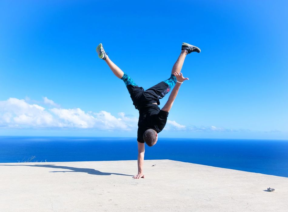 Active Active Lifestyle  Activewear Ocean Rise Inspire Gogetter Handstand  Excited Adventure Power Uplifting Achieve Achievement Satisfaction Goal Accomplish