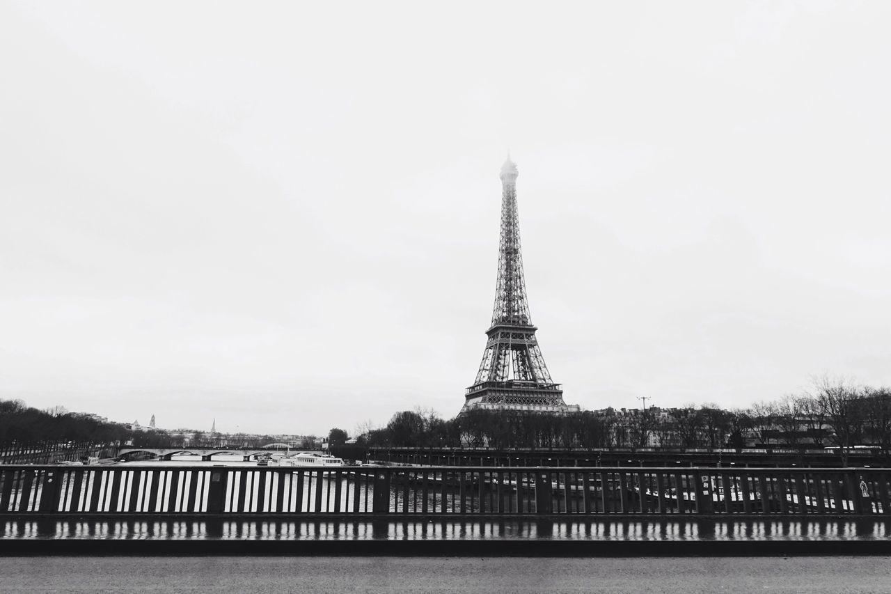 Paris, Paris//.🖤 Tower Eiffel Tower Love Cultures Architecture City Cityscape Landscape Landmark Sky Building Exterior Outdoors Rain Travel Paris Blackandwhite Valentine's Day  Minimalist City Life Minimalism History Historical Building