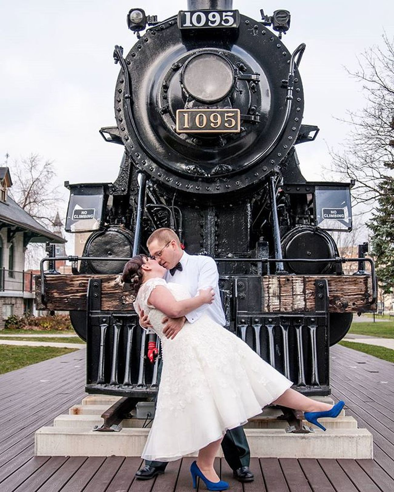 Downtownkingston FirstLook Ygk Letsgetmarried 2015weddings Weddings2015 Nikon Nikonwedding