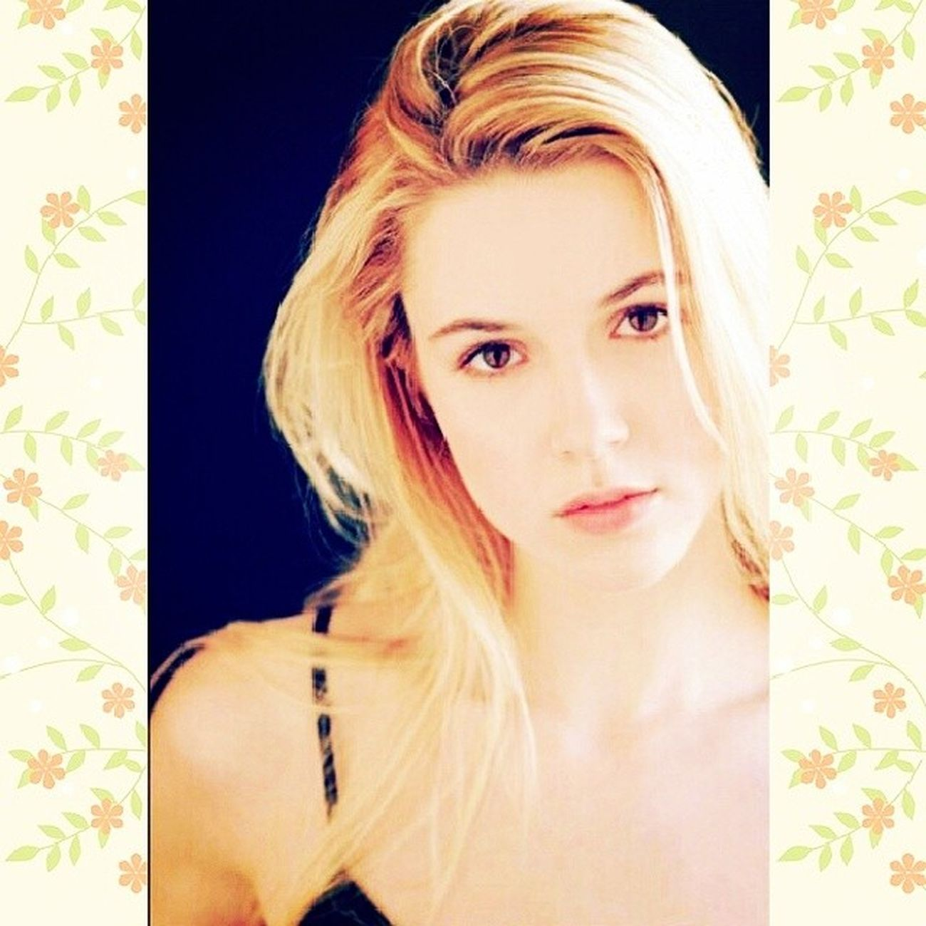 Jo Harvelle JoHarvelle Alona Tal AlonaTal Supernatural flowers lovely