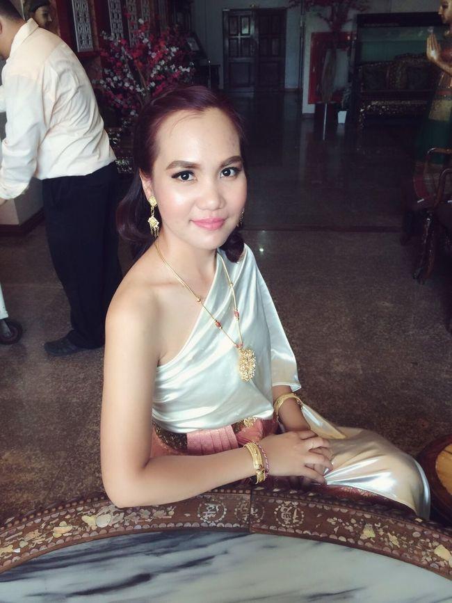 Thai Girls Thai Style