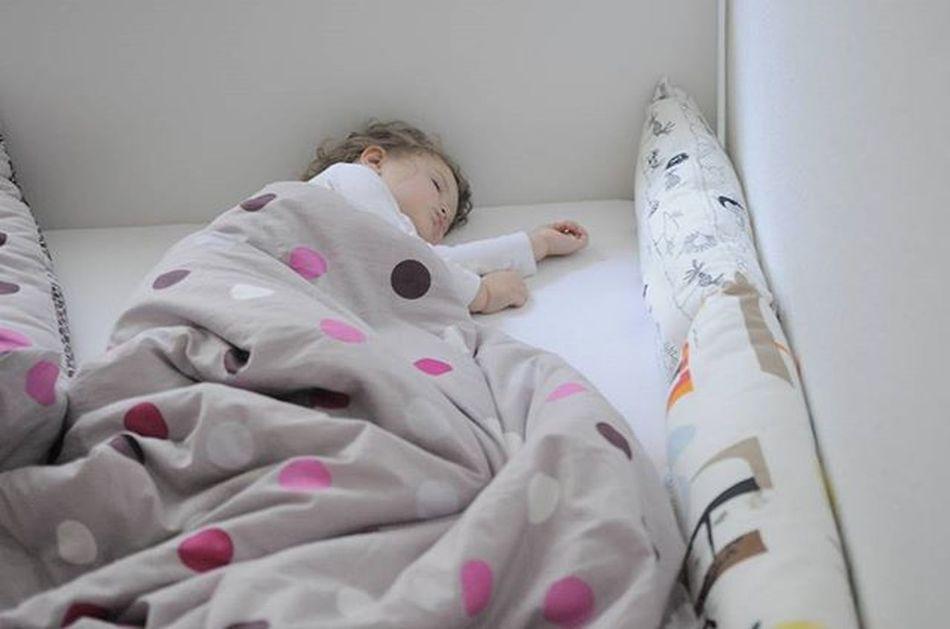 Dobranoc😚⭐⭐⭐⭐🌜 Goodnight Dobranoc Sweetdream Night Picofthenight Instapic Sleepingbeauty Babygirl Mylove Cute Bestview Jestembojestes Mojewszystko