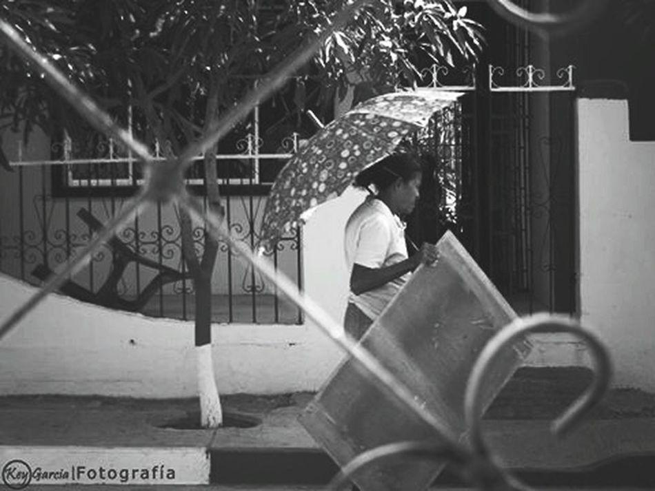 Blancoynegro Streetphotography Soledad Tristezas Personajes Urbano Blackandwhite Eye4black&white  Eye4photography