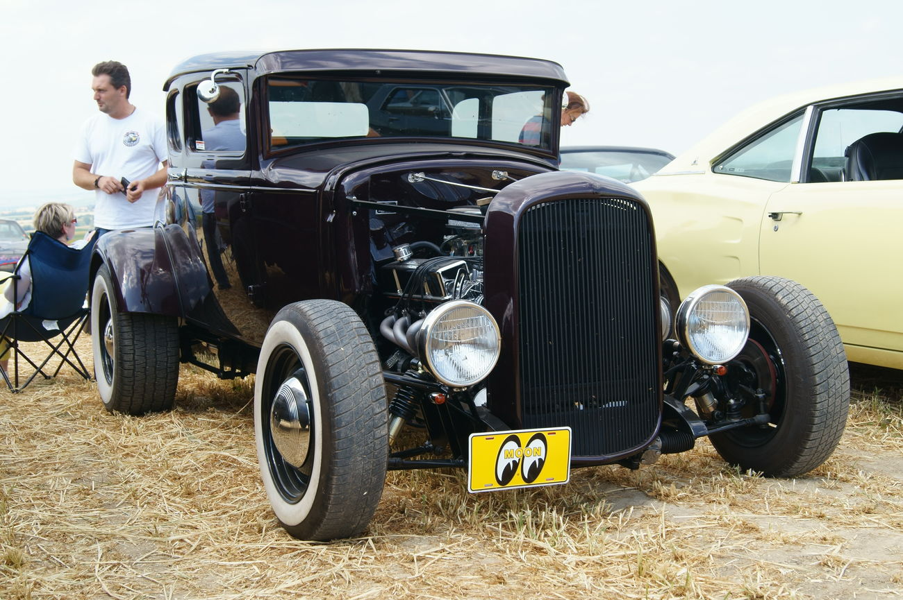 Car Car Show Day Mode Of Transport Muscle Cars Old-fashioned Outdoors Real People Transportation US Cars V8
