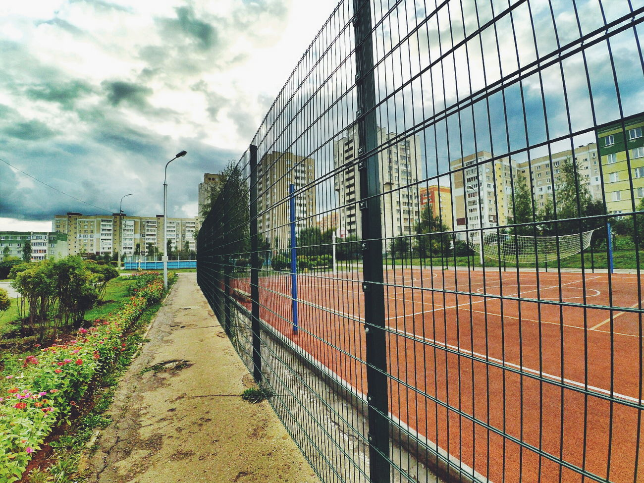 Когда на улице совсем пасмурно.Architecture Building Exterior Built Structure Fence Sky City Outdoors Travel Destinations Day Cloud Cloud - Sky Development Iron - Metal No People Diminishing Perspective Weathered City Life Office Block Cloudy Xiaomi Yi Action Camera