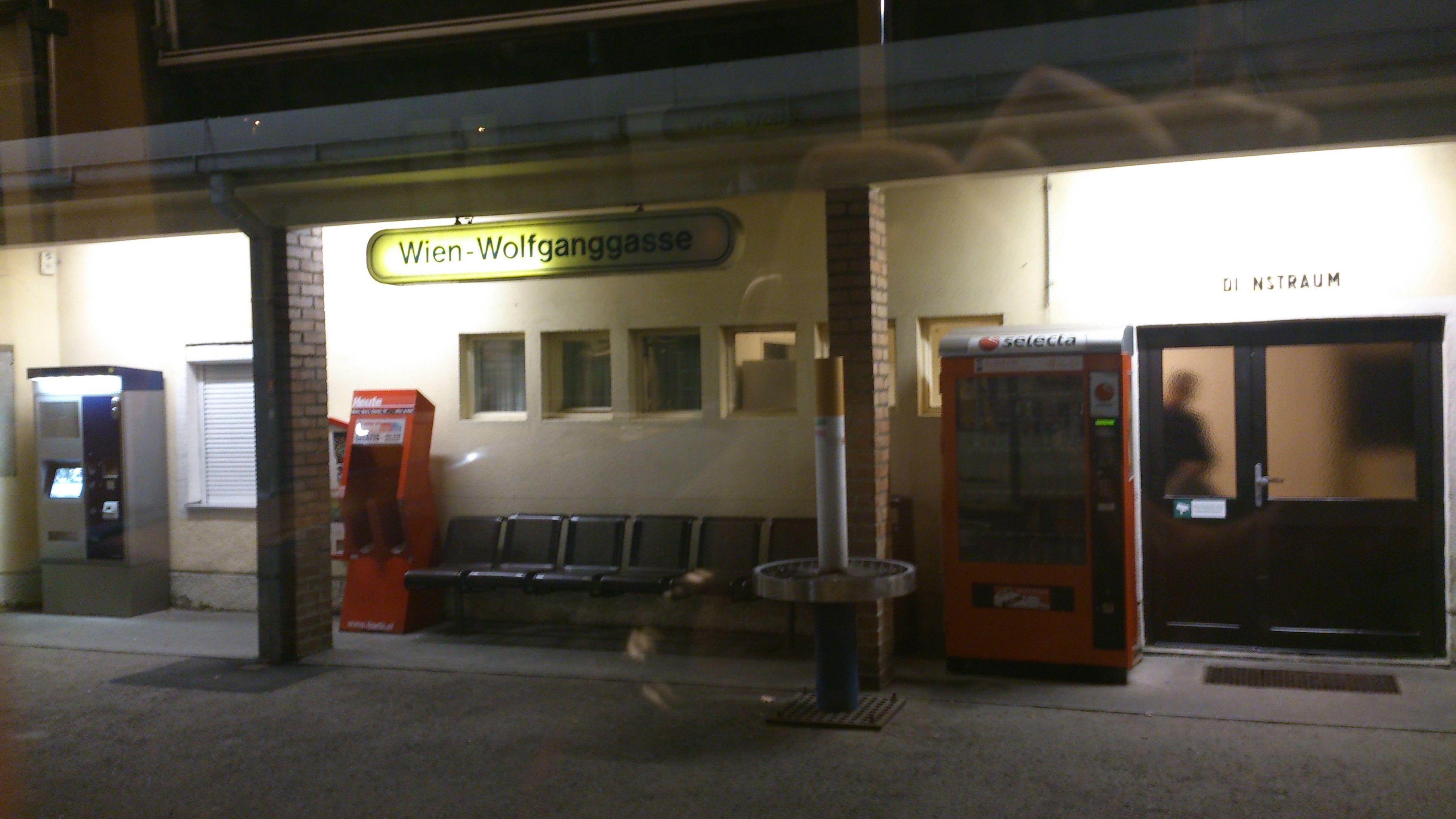 Haltestelle Wiener Lokalbahn Wien 2013 November 2013