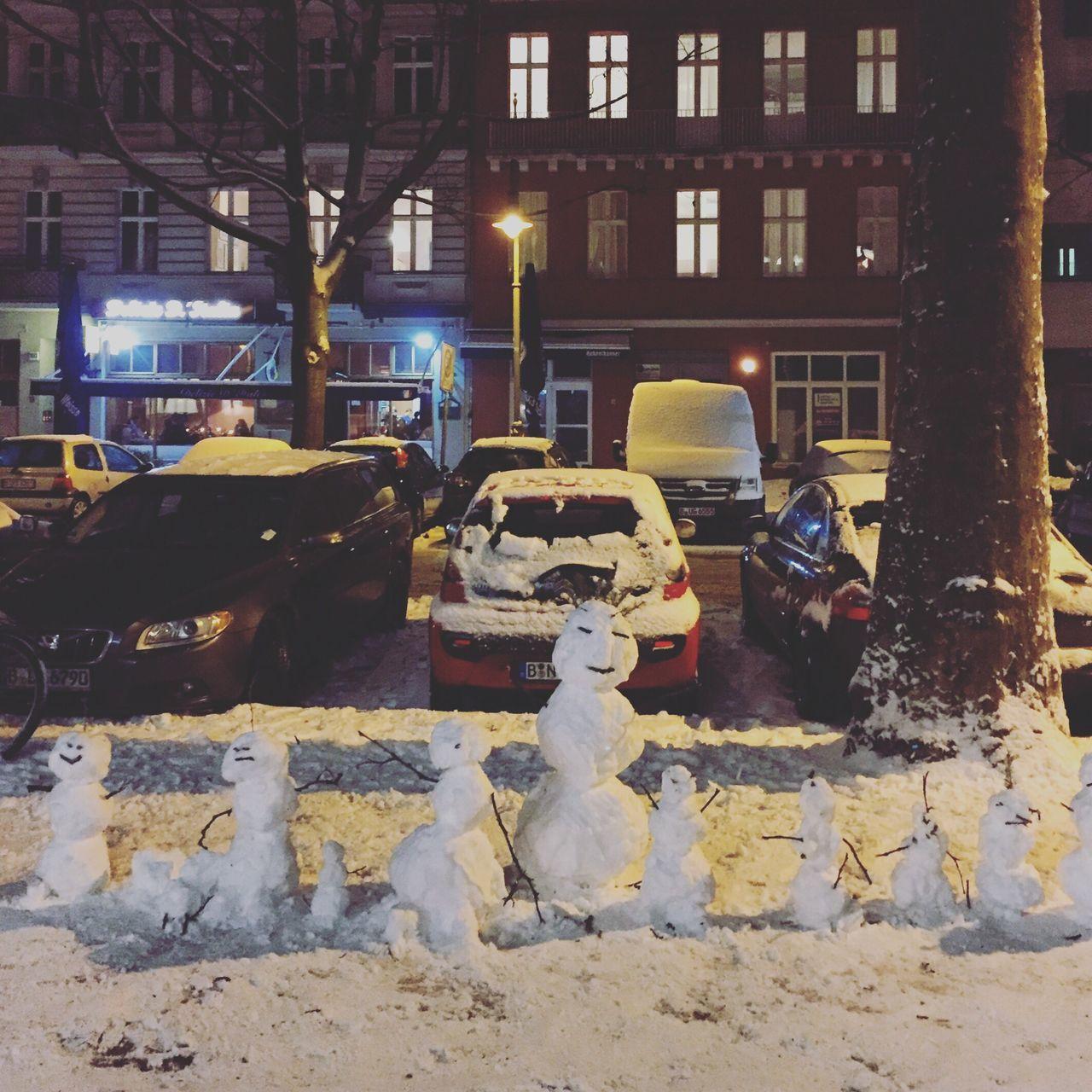 Snowmen Family Snow Berlin Prenzlauerberg Schneemann Schneemann Bauen