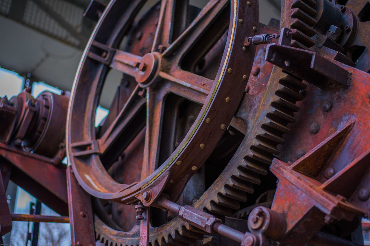 wheel, metal, old-fashioned, no people, train - vehicle, transportation, steam train, abandoned, rusty, close-up, locomotive, day, outdoors