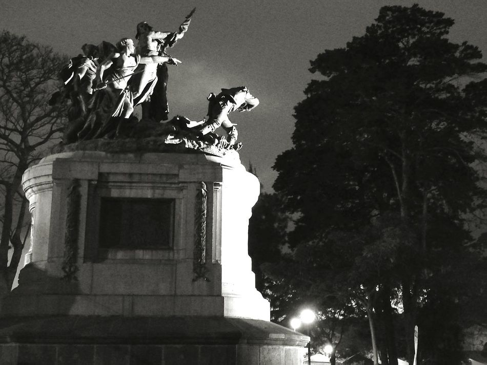 National Monument History Costarica Night Sculpture City Monument Architecture