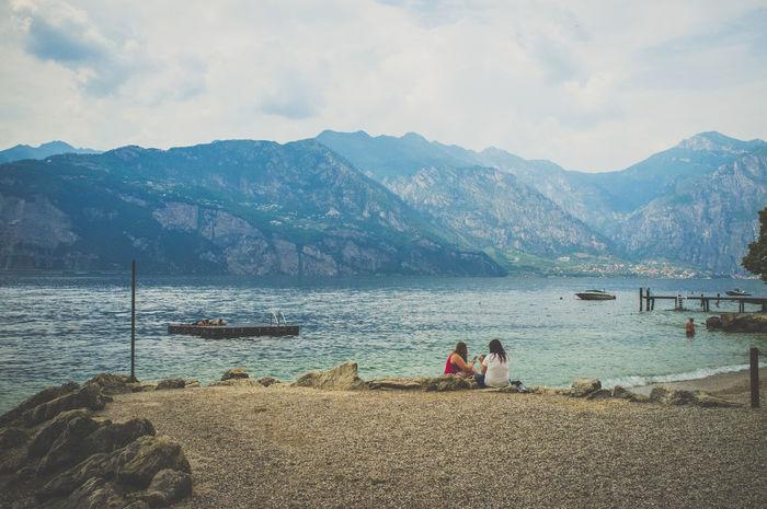 Boating Gardalake Gardasee Italia Italy Lago Lago Di Garda Sailing