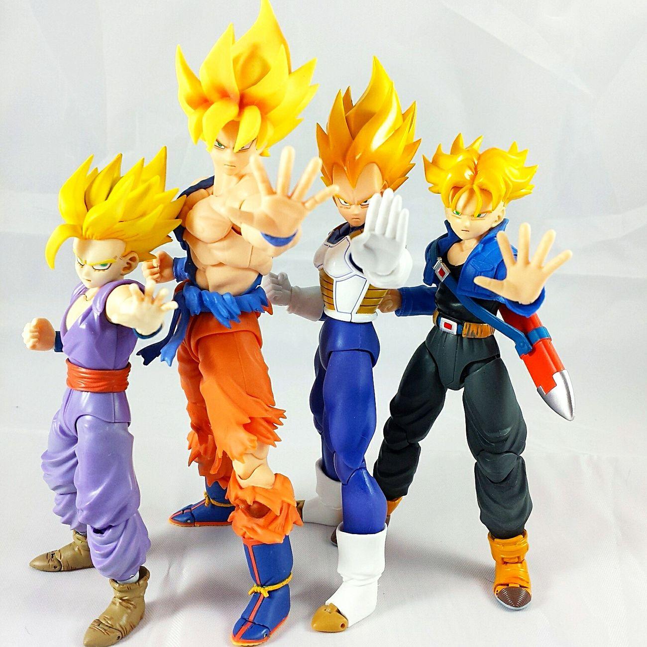 @johnnybuerkle Dragonball Z Supersaiyan SHfiguarts Shfiguartsphotography Goku Vegeta Trunks Gohan Toys Toyphotography Toycommunity First Eyeem Photo