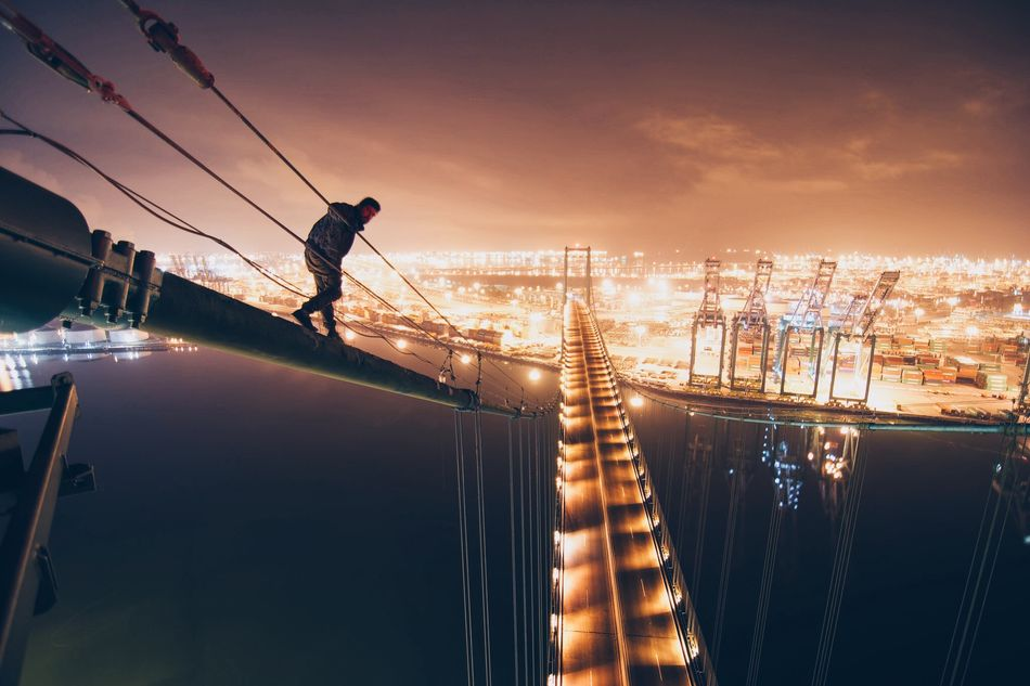 Beautiful stock photos of man, 25-29 Years, Adventure, Architecture, Bridge - Man Made Structure
